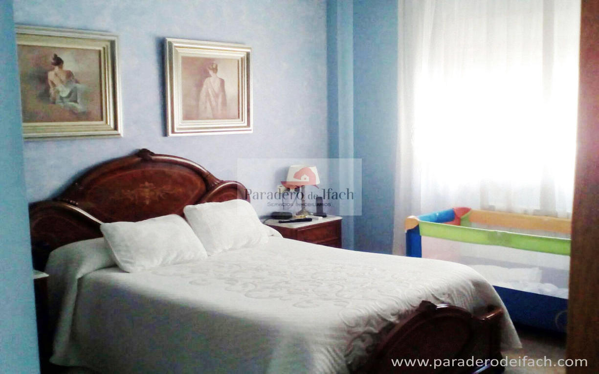 Flat -                                       Calpe -                                       4 bedrooms -                                       0 persons